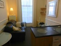 SECURE FULLY FURNISHED 1 BED FLAT, SELF CONTAINED,VERY CLEAN & WELL MAINTAINED,