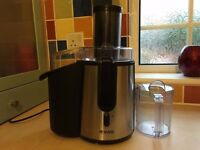 vivo 900 watts juicer for sale in working order
