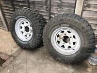 265 70r16 off road tyres and wheels tyres never been used x6