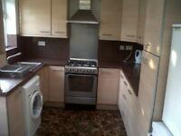 Huge 2 Property Now Taken Thanks for all the Interest - Double Bedroom Flat in Upton Park Credon Rd