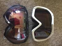 Snowboard goggles - Von Zipper and Bolle
