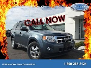 2011 Ford Escape XLT, Moonroof, Sync, Local trade!!