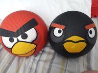 Angry birds Footballs / dodgeballs