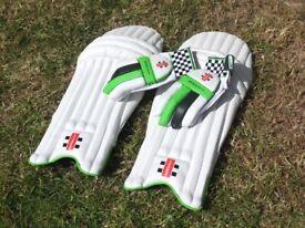 Cricket Gloves/Guards - Gray Nicolls