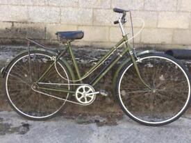 SERVICED 1970s HERCULES LADIES BIKE- FREE DELIVERY TO OXFORD!