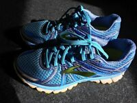 Brooks Adrenaline GTS 17 Women's Running Shoes UK 7.5