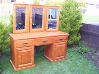 CAN DELIVER - SOLID PINE DRESSING TABLE WITH MIRRORS IN VERY GOOD CONDITION