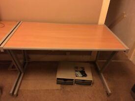 large office / gaming desks