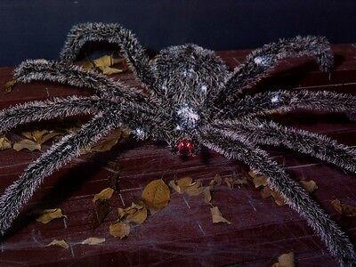 OOR LIGHTED FUZZY SPIDER TARANTULA FIGURE PROP 44