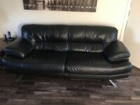 3 seater and 2 seater black leather suite.
