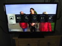 Bush 32 inch LED HD TV Model LED32127HDCNTD With FREEVIEW + 2-HDMI SLOTS as new