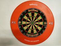 Dartboard, surround and darts