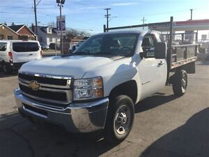 2011 Chevrolet SILVERADO 2500HD 8FT FLATDECK WITH FOLD DOWN SIDE