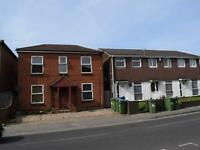 2 bedroom flat in Lodge Road, Southampton,