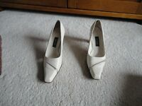 Bally Mandy Court Shoes Size 5
