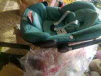 Maxi cosi pebble car seat NEW rrp199