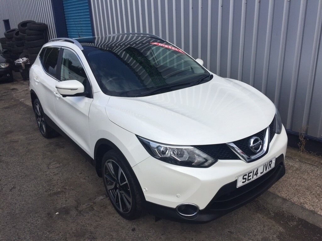 nissan qashqai 1 5 dci tekna 5dr white 2014 in gateshead tyne and wear gumtree. Black Bedroom Furniture Sets. Home Design Ideas
