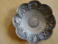 Silver tray with 1 Indian Rupee coin King George IV 1017, antique, collectible