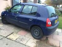 RENAULT CLIO BREAKING FOR PARTS 2005