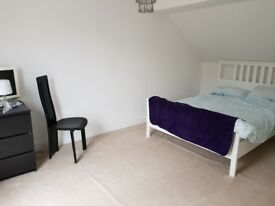 Double room available in lovely countryside