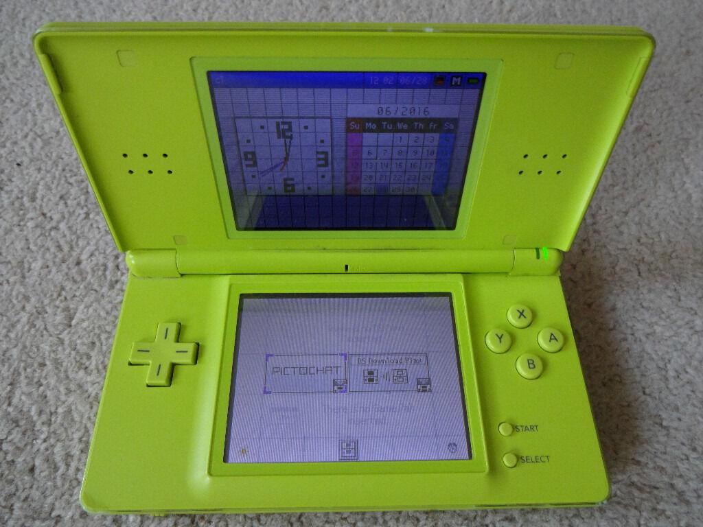 Nintendo DS Lite Games Console - GameBoy