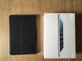 Ipad Mini 16gb White with case WiFi only