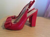 Black/white dress detachable straps & red shoes size 4 - wedding, communion, confirmation