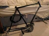 Trek 700 hybrid bike frame and cranks