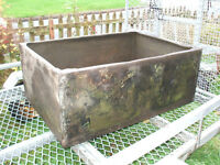 VINTAGE GALVANISED WATER TANK – ideal planter or horse trough