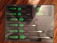 snap on 8pc screwdriver set in green