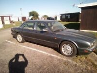 Jaguar XJ6 For sale. Ideal resoration project or for breaking
