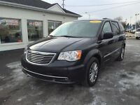 2014 Chrysler Town & Country Touring *Leather Interior* Backup C