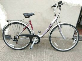 Ladies city deluxe hybrid bike Bristol Upcycles k