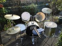 SESSION PRO DRUM KIT - BASE DRUM, SNARE DRUM, 3 TOMS + 3 SYMBOLS COMPLETE WITH STOOL AND STICKS