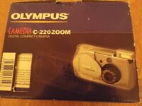 Olympus Camedia C-220 Zoom Compact Digital Camera