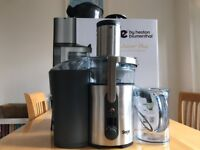 Juicer is boxed with all original parts, hardly used, in great condition.