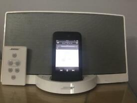 Bose sounddock series 1 with remote control and power cable