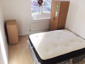 New Double Room available in Stepnygreen/Milend, London **Near Queen Marry University**