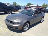 2011 Ford Mustang CONVERTIBLE MAGS A VENIR