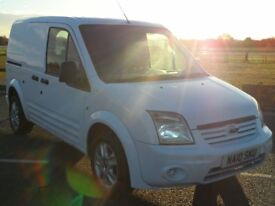 FORD TRANSIT CONNECT 2010 SUPERB / HILL START /MOT /5 SEATS E/WINDOWS