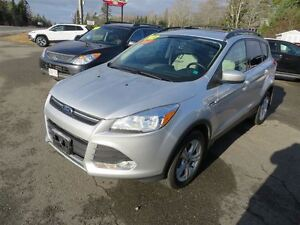 2013 Ford Escape SE LEATHER, NAVI, PANORAMIC SUNROOF!