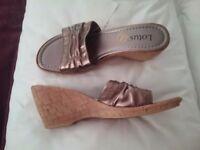 Ladies Lotus shoes size 7