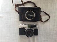 Petri 7 35mm camera