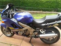 Kawasaki zzr600/// very low mileage/// now priced to sell!