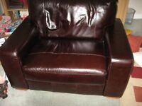 Heart of Home Eton 100% Leather Cuddle Chair - Chocolate
