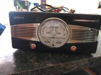 Groove Vinyl Player w/ built in speakers