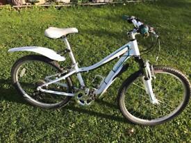 Specialized Girls mountain bike.