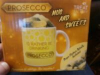prosecco mug and sweets gift set brand new