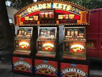 Rare 3 player golden keys machine with top board