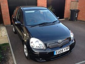 2005 05-plate Toyota Yaris 1.3 5dr colour collection ltd edition very long mot september 2017